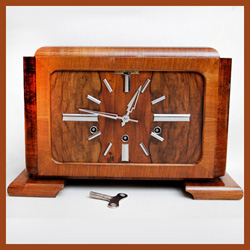 Antique Deco mantle clocks